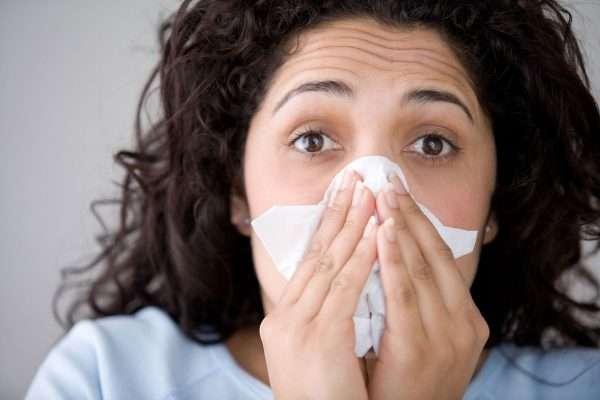 تصویر در ۸ علامت شایع آنفولانزا