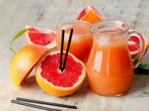 پرتقال 300x225 - ۱۰ آبمیوه طبیعی که به تقویت سیستم ایمنی بدن کمک میکنند!