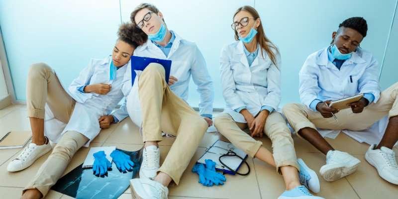 تصویر در فرسودگی شغلی در دانشجویان پزشکی