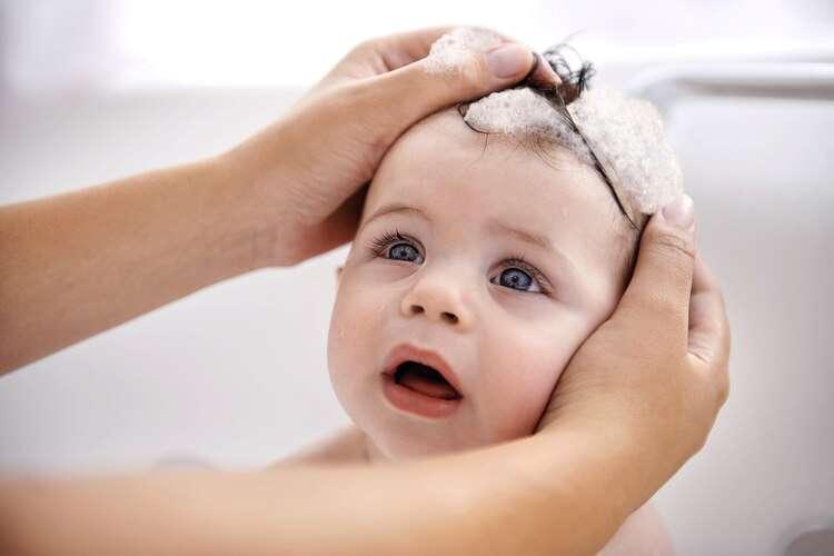 تصویر در مراقبت از پوست کودکان تازه متولد شده